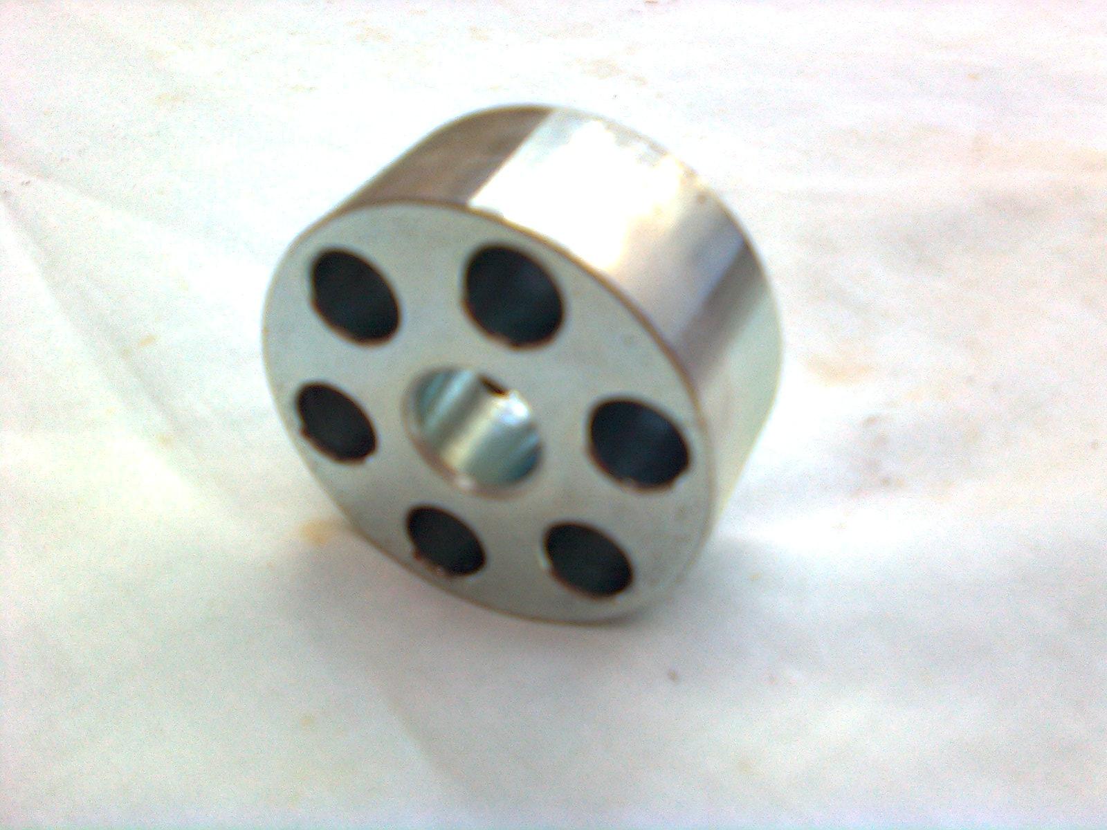 090206-611 : Coupling - metal - 11mm Bore Image