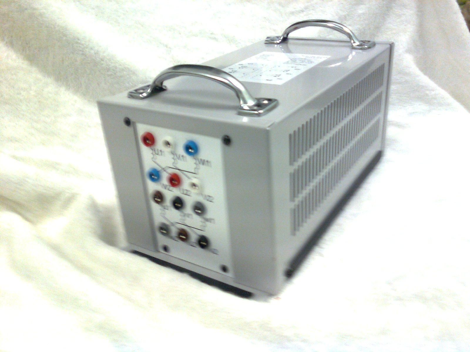 4204-3-SD001 : Transformer - 3 Phase, 100VA, 42/24Vac Image